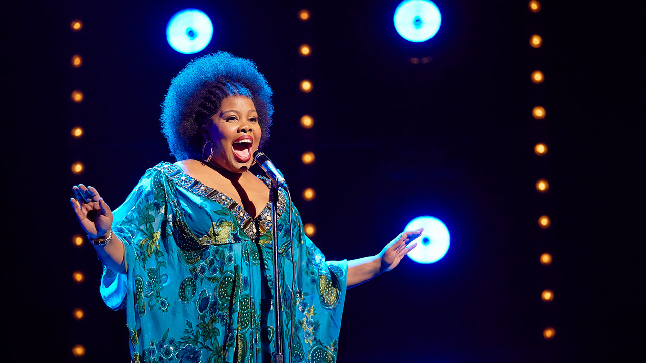 Amber Riley in Dreamgirls, Savoy Theatre; Credit: Brinkhoff-Mögenburg