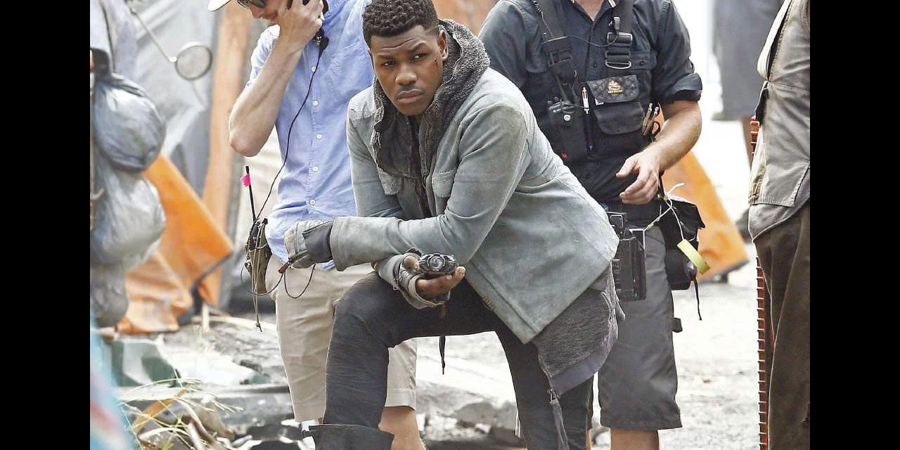 See New On Set Pics of John Boyega – Pacific Rim: Uprising