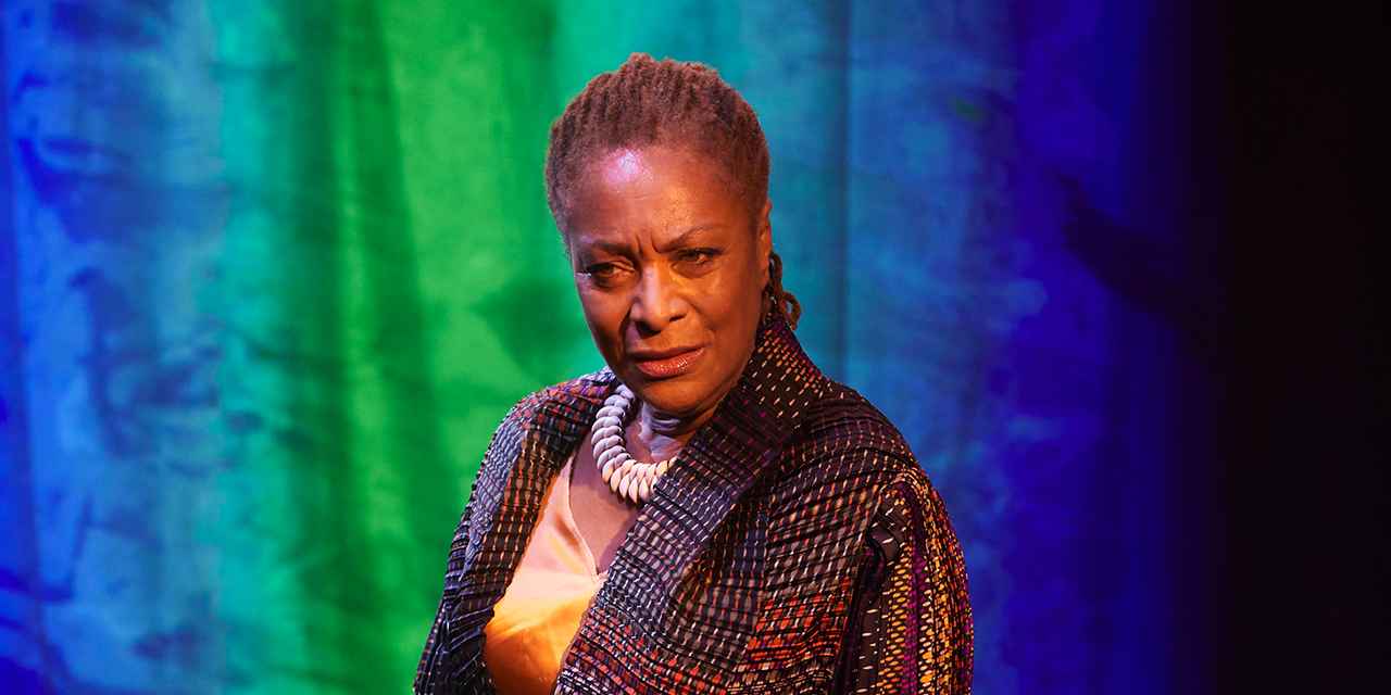 TBB Talks To…  Doña Croll Who Plays Phaedra In Jermyn Street Theatres 15 Heroines